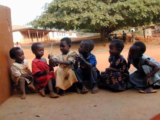 Image courtesy of www.bigfoto.com